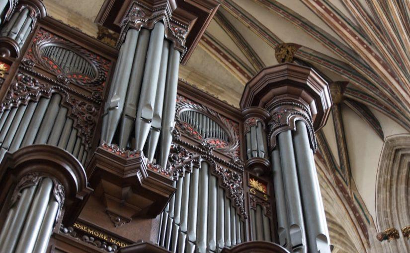 這是一首管風琴測試曲!|巴哈:d小調觸技曲與賦格 BWV 565