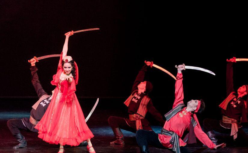 哈察都量(Aram Khachaturian, 1903-1978):劍舞(Sabre Dance)