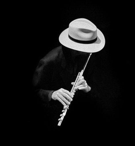 麥可.莫爾(Mike Mower, 1958-):拉丁奏鳴曲(Sonata Latino)